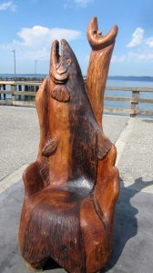 Howling Salmon Throne